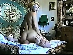 amateur giant tits housewife