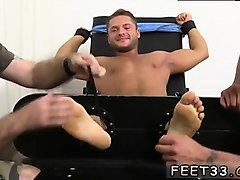 slave girl lick male master feet