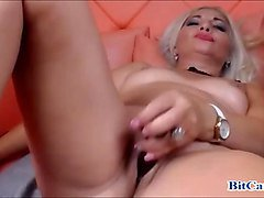Blonde Orgasm Milf