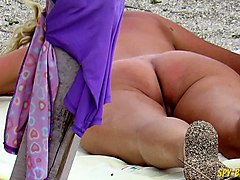 rubbing on beach voyeur