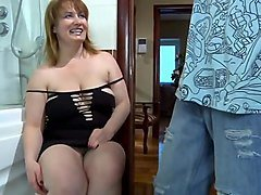 f*** my hot step mom in her room