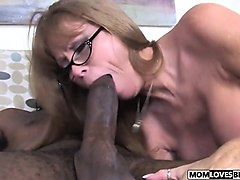 son sex his mom in sleep